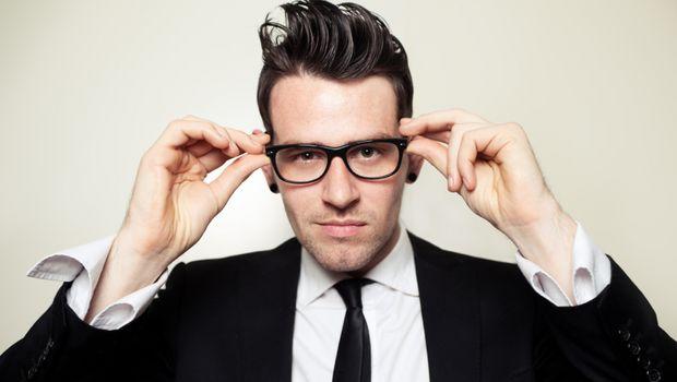 đeo kính cận thị